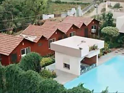 Hotel master paradise hotel at pushkar for Kodaikanal cottage with swimming pool