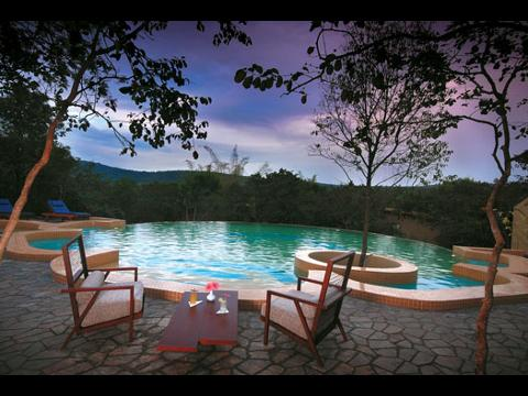 Windflower resort hotel at bandipur for Resorts in bandipur with swimming pool