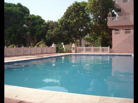 Raj palace resort hotel at ranthambore for Kodaikanal cottage with swimming pool