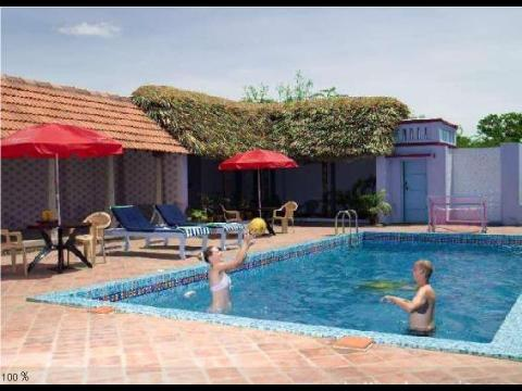 Deshadan chettinadu mansion hotel at trichy for Resorts in kodaikanal with swimming pool