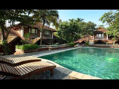Kerala Hotel Kerala Resort Holiday Packages 1 Nights 2 Days Packages At Punnamada Resorts