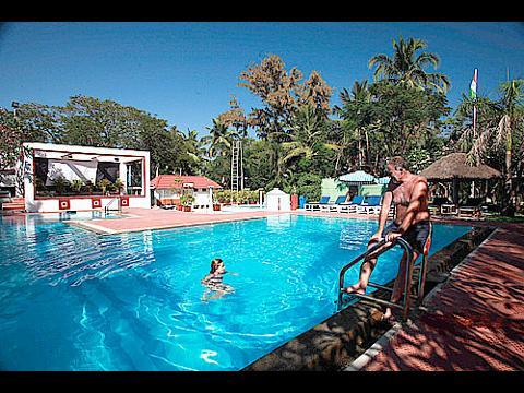 Tamil nadu hotel tamil nadu resort holiday packages 1 - Beach resort in chennai with swimming pool ...