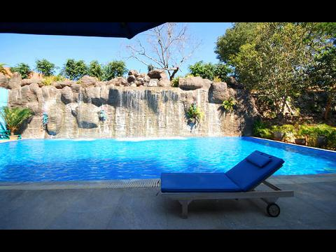 Windflower resort hotel at mysore for Resorts in kodaikanal with swimming pool